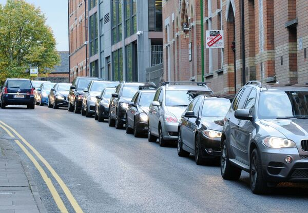 Rush hour traffic in the morning backed up on Wellington Road approaching the junction with St. Patrick's Hill, Cork.Picture Denis Minihane.