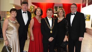 Video & Pictures: Cameras, lights, action at the Lord Mayor's ball