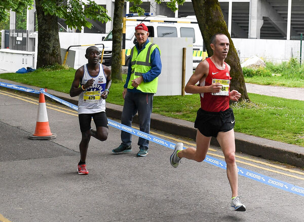 Race winner Gary O'Hanlon leading Peter Somba past Pairc Ui Chaoimh, during the 'Irish Examiner' Cork City Marathon 2018.Picture: David Keane.