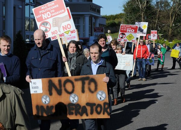 A protest underway in 2016 at the An Bord Pleanála oral hearing into the Ringaskiddy incinerator. Picture: Denis Minihane.