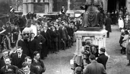Terence MacSwiney's funeral. Mercier Archives