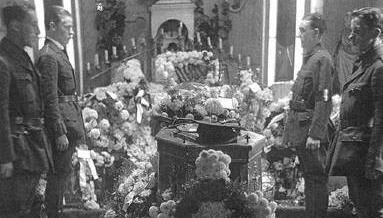The funeral of Tomás MacCurtain.