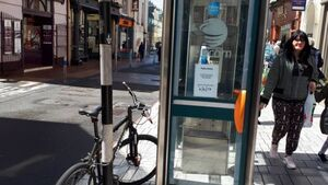Phasing out of public payphones continues