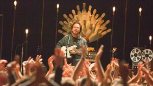 Vedder joins forces with Glen Hansard to truly rock the big tent