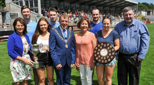 Lord Mayor of Cork Cllr Tony Fitzgerald and his wife Lady Mayoress Georgina, left, with members of the Kerins family. Picture: David Keane.