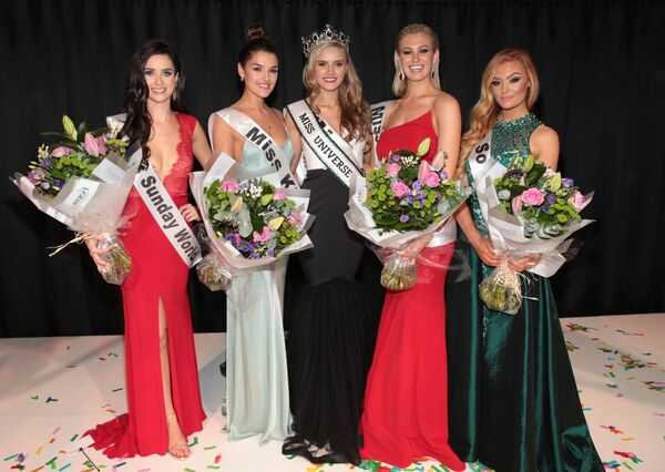 Miss Cork Cailin Aine Ni Toibin who was crowned Miss Universe Ireland 2017 at the final of Miss Universe Ireland 2017 at the Mansion House pictured with (Left to Right) Runners Up Miss Sunday World Aoife McGrane,Miss Kildare Kelly Horrigan,MIss Callan and Co Caoimhe O Dwyer and Miss So Amazing Andrea Roooney