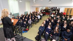 Fair City star advises students on positivity