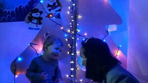 Children at Cork hospital receive Covid-friendly Christmas Tree