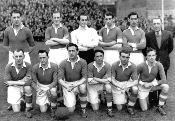 Cork Athletic were beaten in the second replay of the FAI Cup final by Transport in 1950. Pictured here prior to the first match. Back: Florrie Burke, Dave Noonan, Tommy Healy, Frank Cantwell, Jackie Lennox, Tim Beckett Murphy. Front: Paddy O'Leary, Morty Broderick, Jackie O'Reilly, Georgie Warner, Johnny Vaughan.
