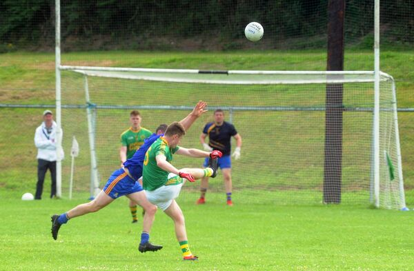 Millstreet's Darren Kiely scoring a fine point against St. Finbarr's in the Bon Secours Cork IAFC at Carrigadrohid. Picture:Denis Minihane.
