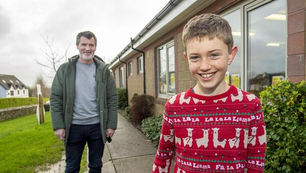 Roy Keane dropped in after fifth class pupil Noah Mehigan wrote a letter to his hero. Picture Dan Linehan
