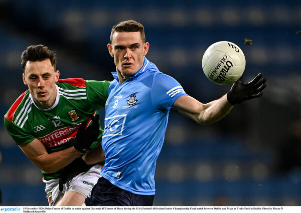 Brian Fenton of Dublin in action against Diarmuid O'Connor of Mayo. Picture: Piaras Ó Mídheach/Sportsfile