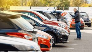 Car registrations fall by 25% in 2020