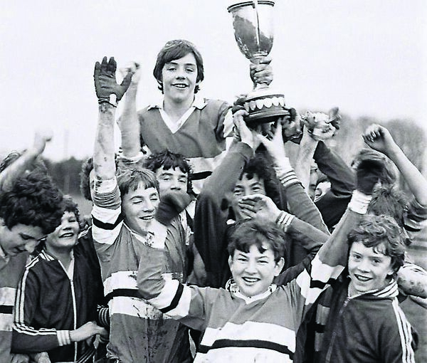 Denis Irwin enjoyed lots of success on Cork's GAA pitches, including with Coláiste Chríost Rí (front centre).