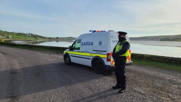 Gardai ensuring 5k compliance along West Cork Coastal areas at the weekend, including this Operation Fanacht checkpoint between Timoleague and Courtmacsherry. Pic; An Garda Siochana.