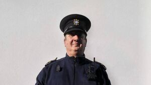 Garda who went viral during lockdown retires from Cork coastal town