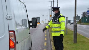 Gardaí urge people to stay home this weekend as they reveal 9,800 Covid-19 related fines have been issued