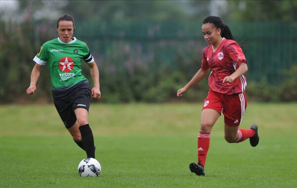 Lauren Egbuloniu of Cork City and Peamount Uniteds Aine O'Gorman in action during the FAI Womens National League game at Bishopstown. Pic Doug Minihane