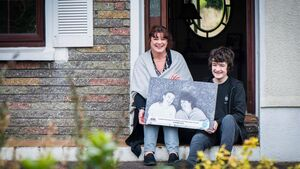 Cork mother and son duo win Ireland's Greatest Friendship photo competition